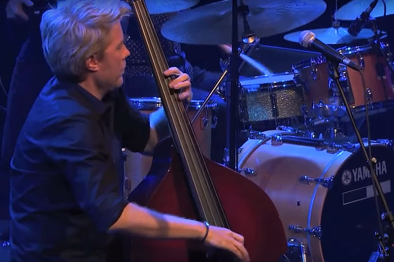 Kyle Eastwood - Prosecco Smile